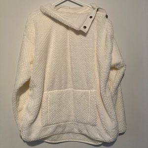 Soft pullover women's cream colored with buttons